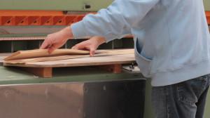 Utilizzata per tranciati, rifila il pacco in entrambe i lati per renderlo parallelo